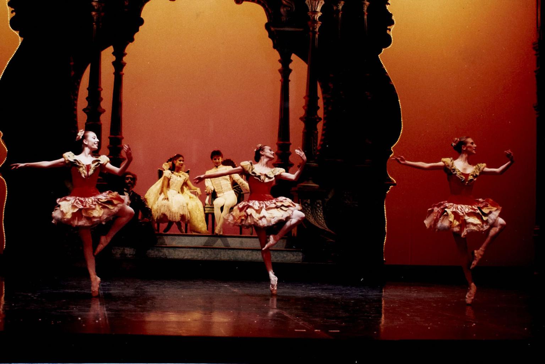 Photographie : Casse-Noisette. 1999/2000, Opéra de Nice Côte d'Azur |