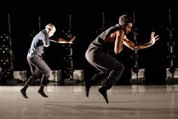 Dance Me |